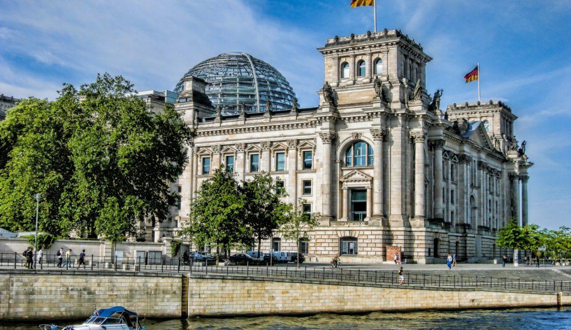 Unternehmenskriminalität : Justizministerin kündigt härtere Strafen für Konzerne an